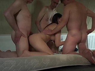 Γκέτο Ασίας πορνό