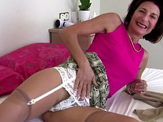 seksi mummo hairy pussy and ass