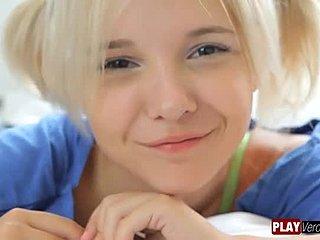 Blond sjusket blowjob